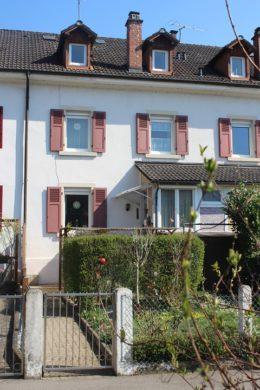 ++VERKAUFT++ Attraktive Alternative zur großen Stadtwohnung, Altbau-Reihenhaus in Lörrach., 79539 Lörrach, Reihenmittelhaus