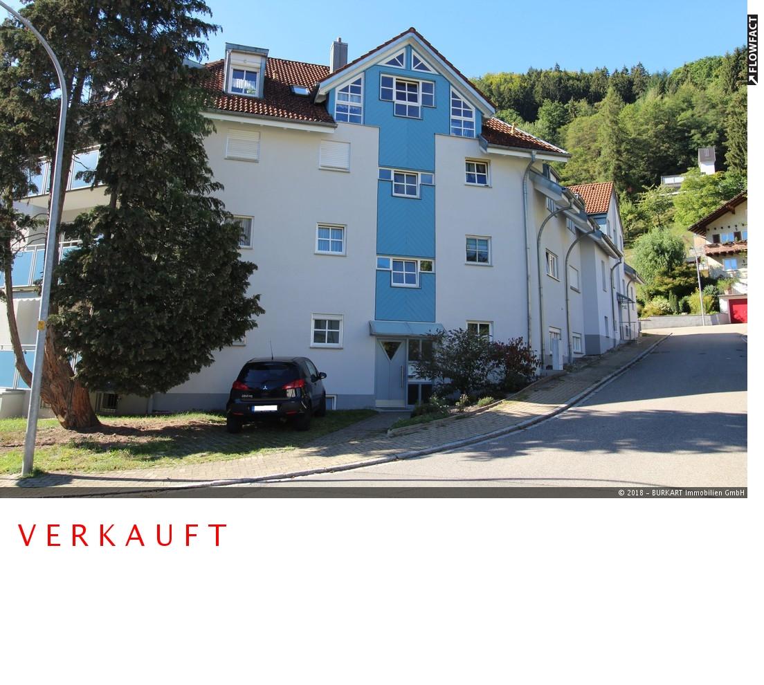 ++VERKAUFT++  3-Zimmer, oben & mit Loggia/Balkon –  Zentral und ruhig gelegen in Zell i. W., 79669 Zell i. W., Etagenwohnung